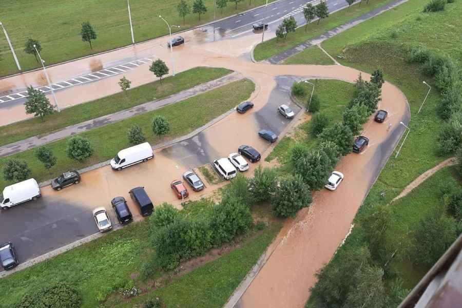 Жители м-на Сухарево и Каменной Горки сообщают о новых проблемах с водой