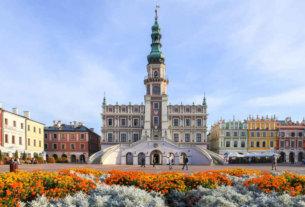 Польша отменила запрет на авиасообщение с Беларусью