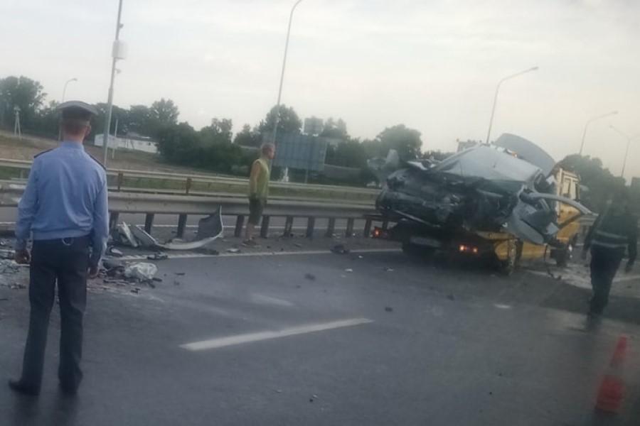 В Слуцком районе жуткое ДТП. Угнан автомобиль такси - угонщик погиб