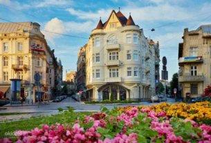 Во Львов из Минска на автобусе можно поехать уже 6 августа. Билеты уже продаются