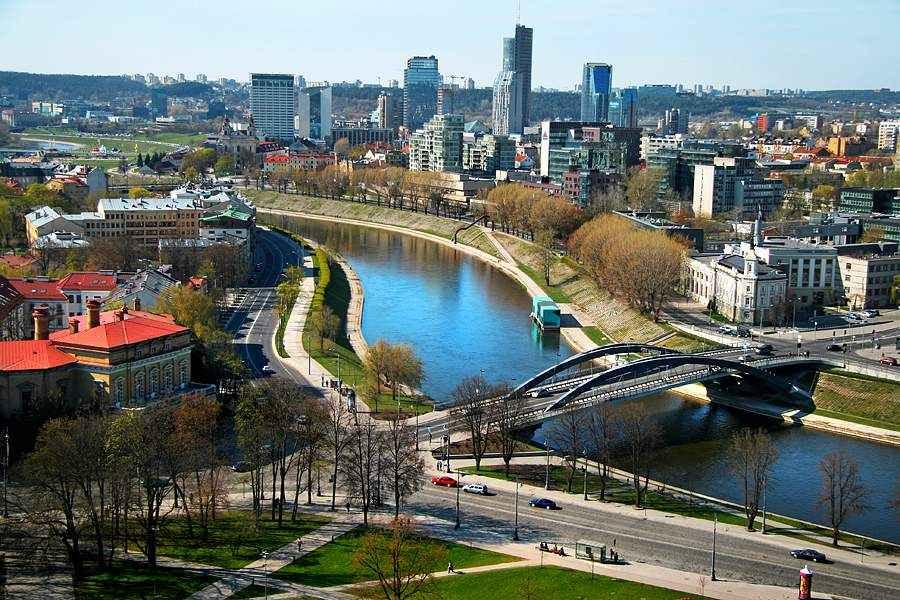 С 5 августа возобновляются перелеты в Вильнюс