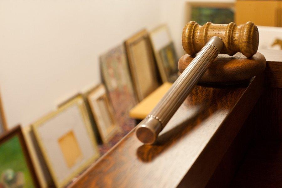 С 15 июля судебные исполнители смогут лишать водительских прав