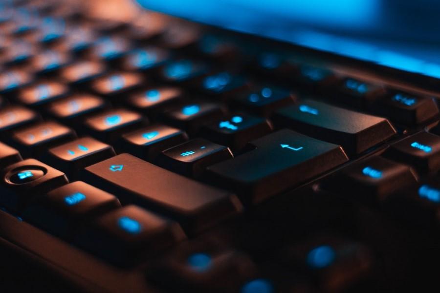 На Украине запретили более 400 сайтов, в том числе «Живой журнал», РБК и «Банки.ру»